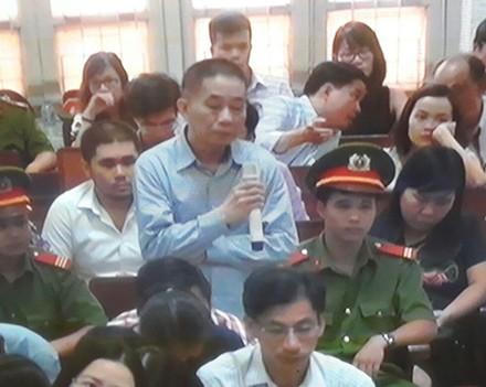 Ke toan PVN bat ngo khai nhan 20 ty tu Nguyen Xuan Son
