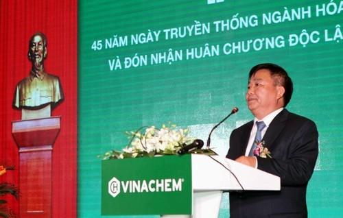 Nu Pho TGD BOT noi tieng chi sau 1 lan len song-Hinh-3