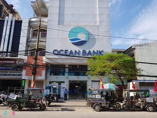 "400 ty dong ""mat tich"" tai OceanBank Hai Phong: Nhieu khach hang nhap vien"