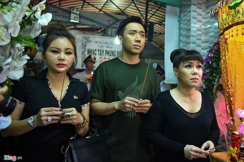 Diem nong 24h: Lanh an chung than, Ha Van Tham mim cuoi roi toa-Hinh-11
