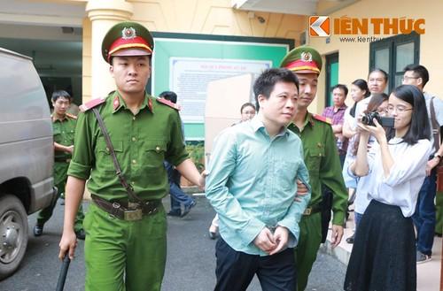 Ngoai an chung than, Ha Van Tham phai boi hoan bao nhieu tien?