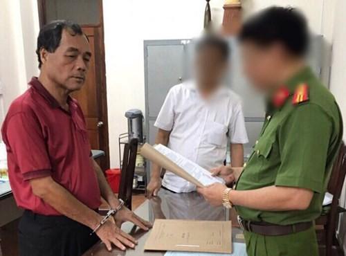 """Diem nong 24h: Nhan tien DN, Truong phong Thanh tra Cuc thue """"xo kham""""-Hinh-6"""