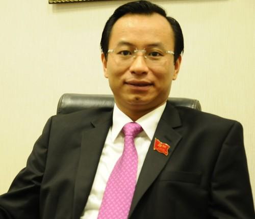 Cach chuc Bi thu Da Nang, cho thoi Uy vien TW voi ong Nguyen Xuan Anh.