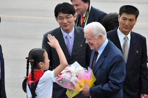 Diem nong 24h: Ho Hoa Binh lan dau tien phai mo het cua xa-Hinh-7