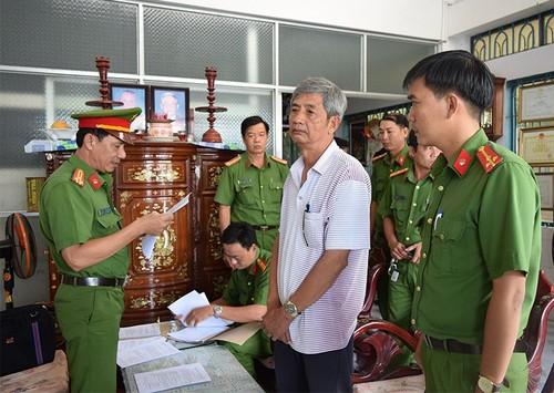 Bat nguyen Giam doc va PGD so KH&CN tinh Tra Vinh