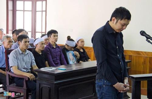Hinh phat thich dang cho tai xe taxi giet nu giam thi