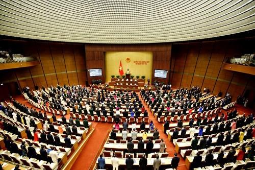 """Diem nong 24h: Vi sao can bo tinh uy Thai Binh """"mat tich"""", TGD VN Pharma xiu tai toa"""