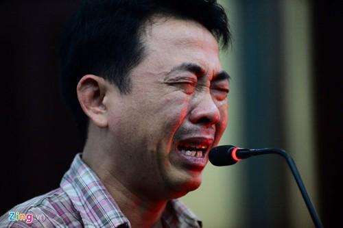 Nguyen TGD VN Pharma khoc nuc no tai toa, xin tai ngoai
