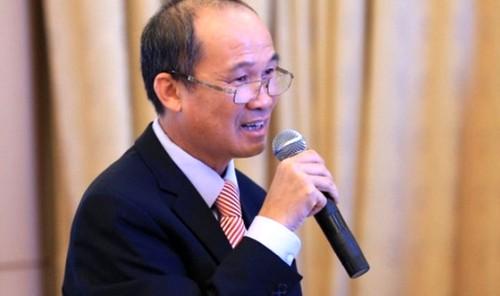 Thoai von LienVietPostBank, ong Duong Cong Minh san sang ngoi ghe nong Sacombank?