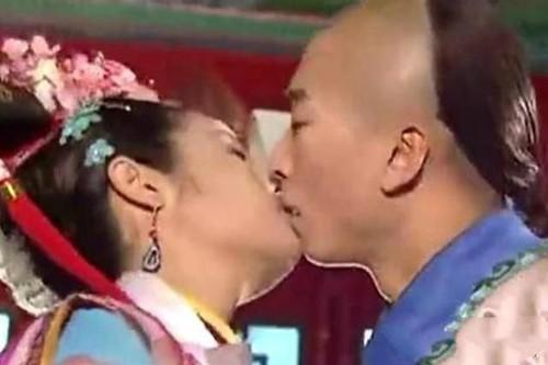 Bi tay chay, Lam Tam Nhu noi loi xin loi Chau Kiet