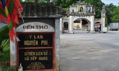 Hoang Thai hau Y Lan va vet den sam hoi mai khong phai-Hinh-2