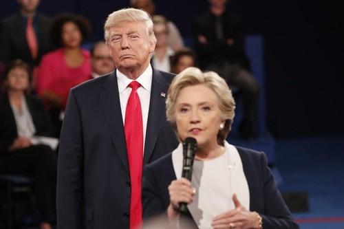 Ba Clinton thang cuoc tranh luan thu 2 voi ong Trump