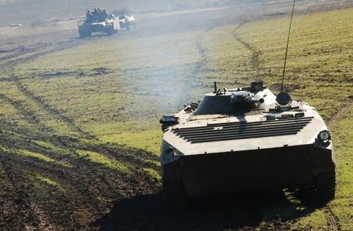 An ninh Ukraine phat dong tan cong phia nam Donetsk