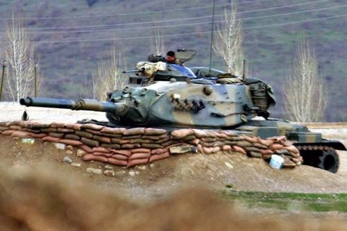 Vi sao Tho Nhi Ky bam lay Chien dich giai phong Mosul?