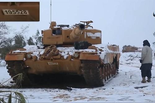 Chien thuat nguy hiem cua phien quan IS tai Iraq va Syria