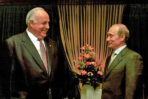 Ai da anh huong lon den the gioi quan cua Tong thong Putin?