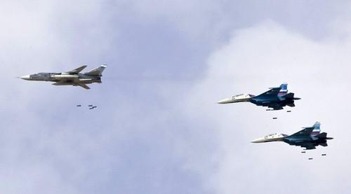 Phien quan IS bi danh toi ta o mien trung Syria-Hinh-3