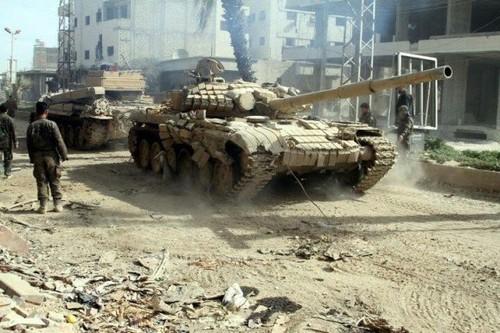 Chien dich giai phong Deir Ezzor: Ngay tan cua phien quan IS-Hinh-2
