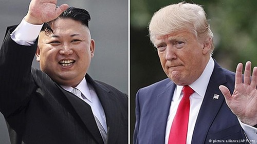 "Ong Trump ""tien thoai luong nan"" trong cuoc khung hoang Trieu Tien"