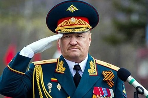 "Cac chi huy Nga dang bi phien quan ""san lung"" o Syria?"