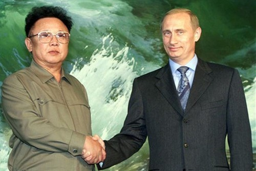 "Cach day 16 nam, ong Kim Jong-il tiet lo voi ong Putin thong tin ""doc"""