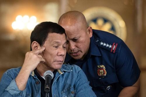 Tong thong Duterte tu bo cuoc chien chong ma tuy?