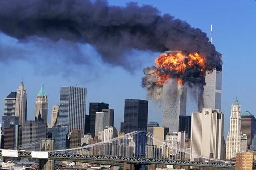"IS cung al-Qaeda u muu cho vu ""no lon"" tuong tu tham kich 11/9?"
