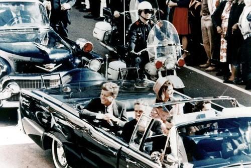 Thay gi qua vu giai mat ho so am sat JFK?