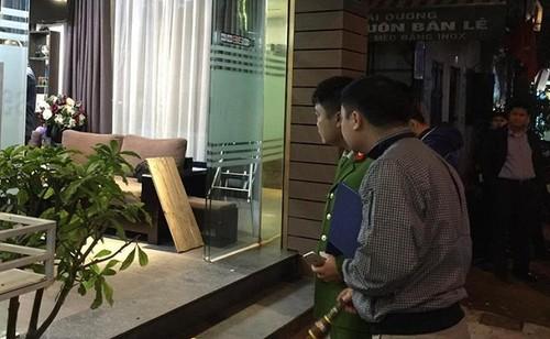 No sung lien tiep tren pho Phan Boi Chau, Ha Noi-Hinh-2