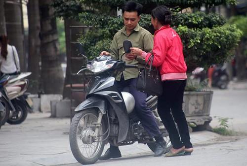 """""""Chan ret"""" ra suc cheo keo khach tin Thien Ngoc Minh Uy """"khong chet""""-Hinh-3"""
