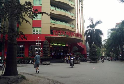 """""""Chan ret"""" ra suc cheo keo khach tin Thien Ngoc Minh Uy """"khong chet"""""""