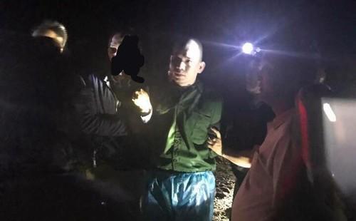 Tam giu ba nguoi nghi che giau cho tu tu Nguyen Van Tinh