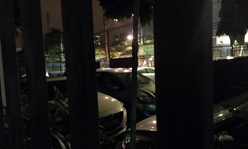 """Bai xe o to khong phep """"moc"""" gan tru so, UBND phuong Phuc La khong biet?-Hinh-3"""