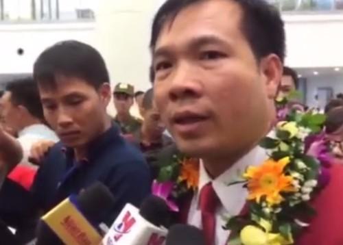 Xa thu Hoang Xuan Vinh duoc don tiep long trong o Noi Bai-Hinh-5