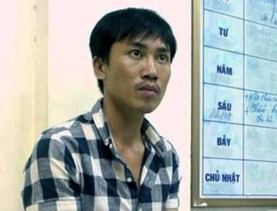 Cong an 2 nuoc bat thanh nien cat tai, sat hai nguoi tinh