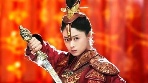 3 my nhan noi tieng lich su tha chet chu khong lam hoang hau-Hinh-2