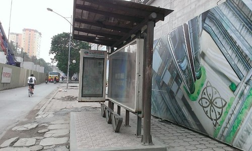 Du an Discovery Complex sat duong sat tren cao: Nha giau se khoc?-Hinh-4