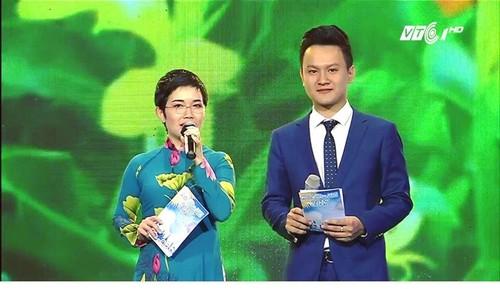 """MC """"Ca phe sang voi VTV3"""" tiet lo thu nhap, ap luc tai nha dai-Hinh-4"""