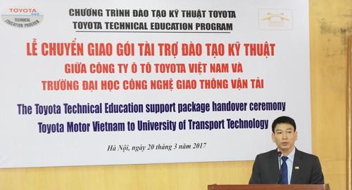TMV tang thiet bi ky thuat cho DH Cong nghe GTVT Ha Noi-Hinh-2