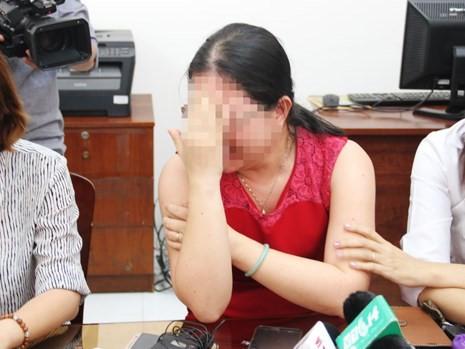 Cong an TP HCM: Be gai 7 tuoi khong bi hiep dam o truong