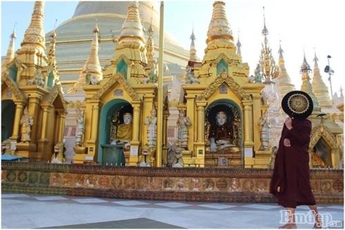 Don binh minh tai ngoi chua thieng nhat Myanmar-Hinh-8
