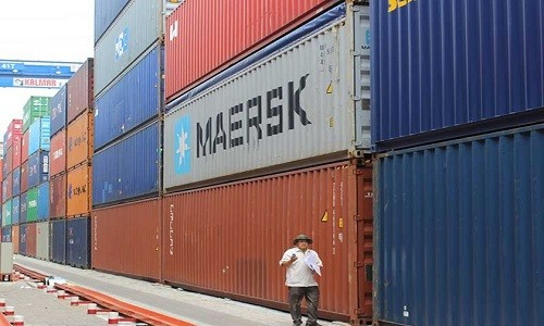 Da bat lai 50 trong 213 container mat tich o Cat Lai