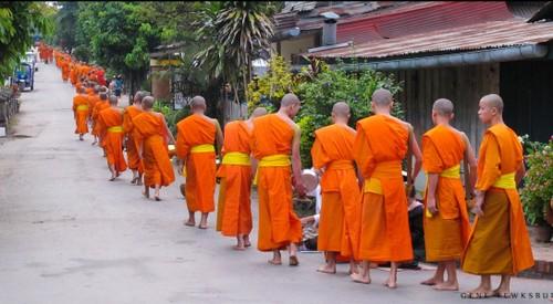 Luang Prabang, thanh pho cua nhung ngoi chua vang linh thieng-Hinh-6