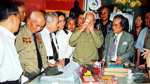 Bua com voi hai qua trung cua vo chong Tuong Giap-Hinh-12