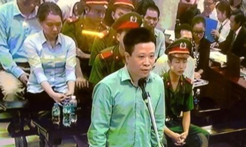 "Diem nong 24h: Nam thanh nien ""tung cuoc"" vao nu tai xe-Hinh-2"