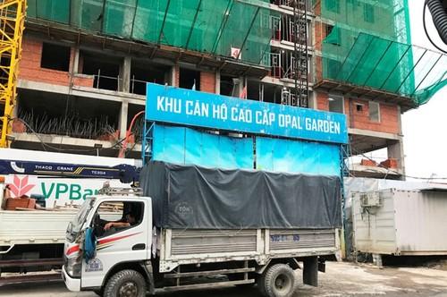 "Diem nong 24h: Nam thanh nien ""tung cuoc"" vao nu tai xe-Hinh-6"