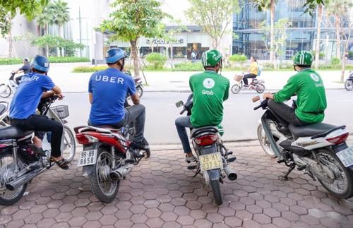 Bi xua duoi, tai xe Grab, Uber khong dam vao ben xe-Hinh-4