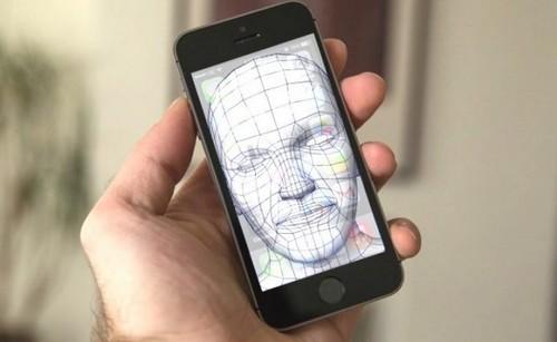 """""""Bat mi"""" soc ve cong nghe nhan dien khuon mat 3D tren iPhone 8-Hinh-2"""