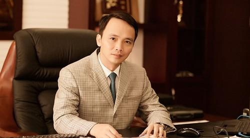 Ong Trinh Van Quyet mua them 11 trieu co phieu FLC