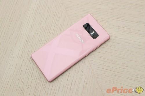 Galaxy Note 8 mau hong vua ra mat tai Dai Loan-Hinh-3
